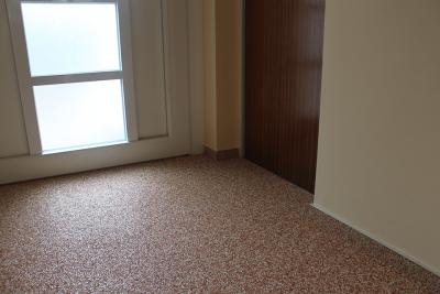 Steinteppich_Natursteinteppich_Boden_Vorraum_Eingangsbereich_terrakotta_Marmor
